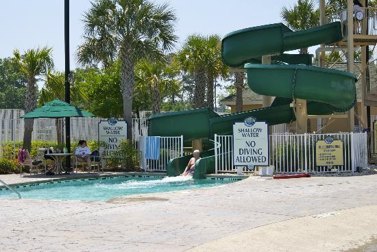 Sheraton Broadway Plantation Resort Villas : Water slide