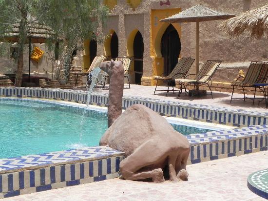 Hotel Kasbah Mohayut: piscina
