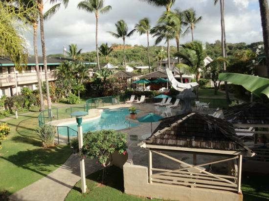 The Kauai Inn: Pool area
