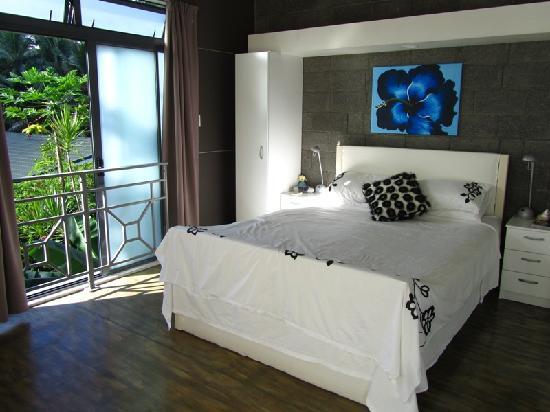 Kakera Villa Apartments: Up in the bedroom