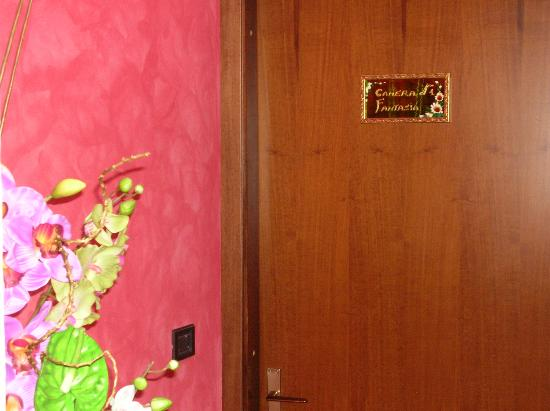 Bed and Breakfast L'Incanto: ingresso camera