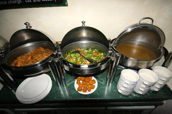 Cleopetra Hotel: Excellent buffet diners