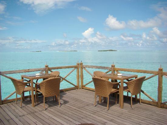 Cinnamon Hakuraa Huraa Maldives: Vue du bar