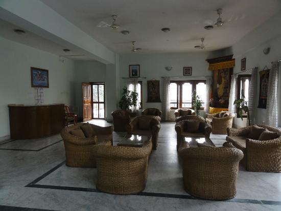 Hotel  Lhaki : ホテルロビー