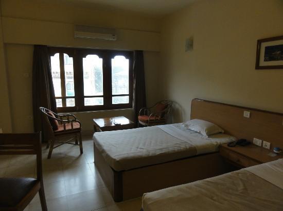 Hotel  Lhaki : ツインルーム