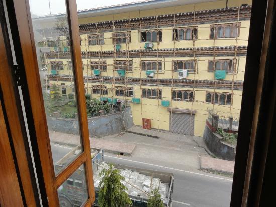Hotel  Lhaki : 部屋からの眺め