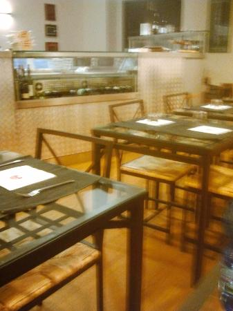 La Gavetta: La sala