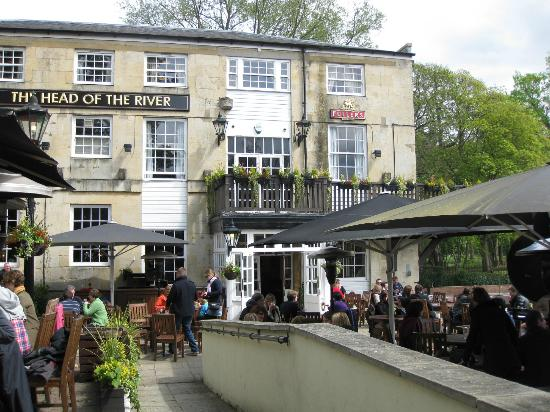The Head of the River: front beer garden