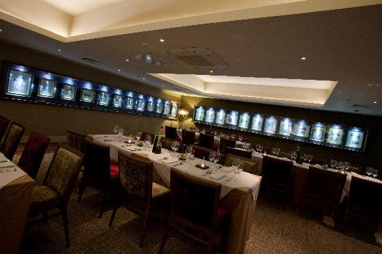 The Mere Golf Resort and Spa: The Riley Room