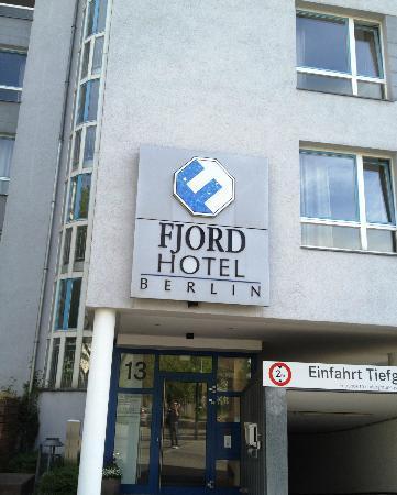 fjord hotel berlin : Front