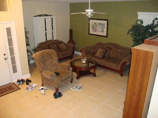 Disney Area Superior Homes: Living room