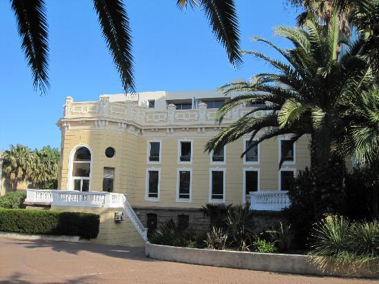 Hotel des Palmiers: Hotellrom i øverste etasje