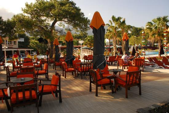 Club Boran Mare Beach : бар