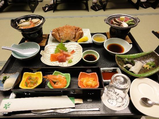 Heiseikan Shiosaitei: 夕食お膳