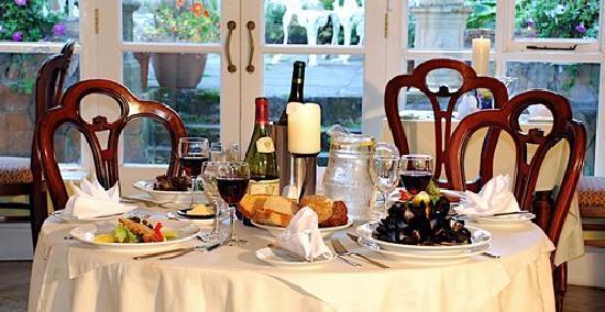 Foyles Hotel: Garden Dining Room