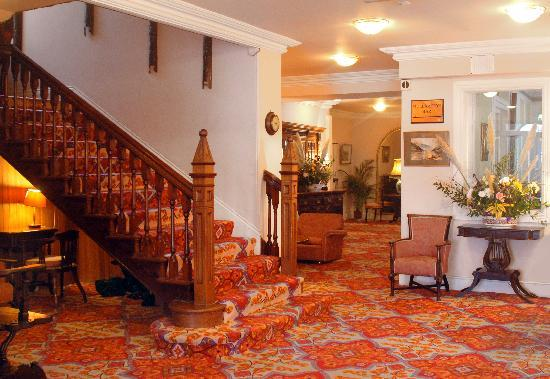 Foyles Hotel: Lobby