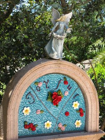 San Pablo Catholic Church: Rosary station