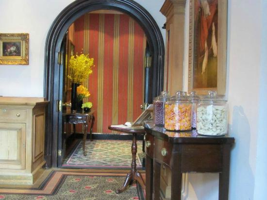 Butler's at the Chesterfield: Big jars of complimentary candy as you leave
