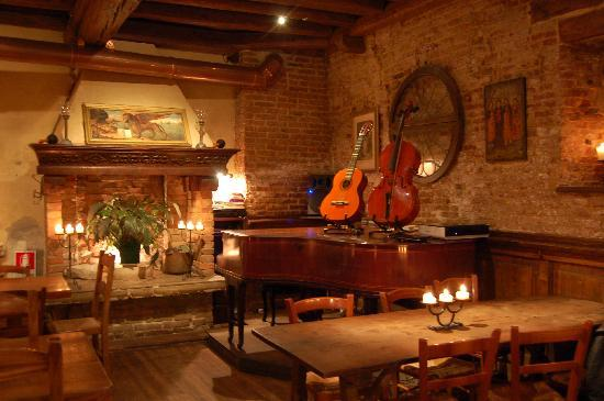 Piano picture of taverna al remer venice tripadvisor for Vecchi piani casa in stile acadiano