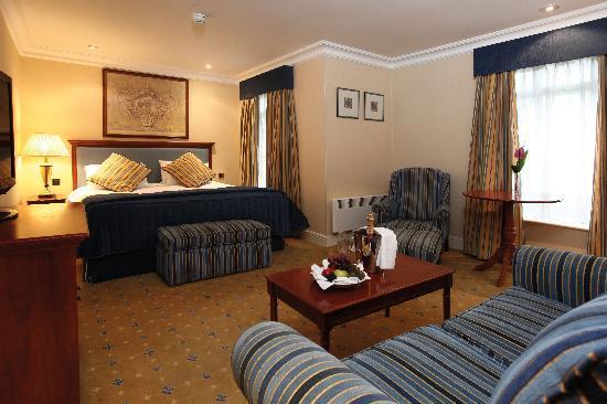 Best Western Plus Birmingham NEC Meriden Manor Hotel: Bedroom - Executive