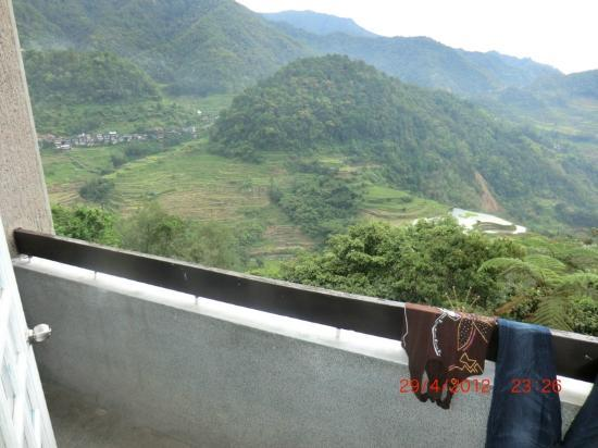 Banaue Hotel and Youth Hostel: Balcony view