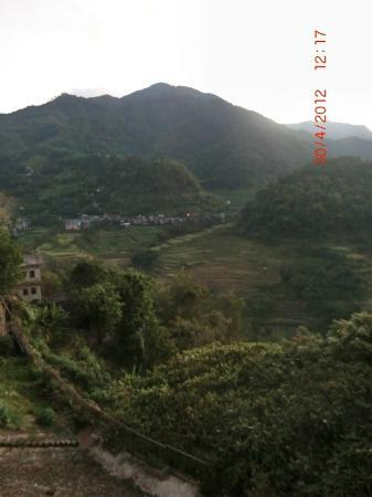 Banaue Hotel and Youth Hostel: Sunrise in Banaue