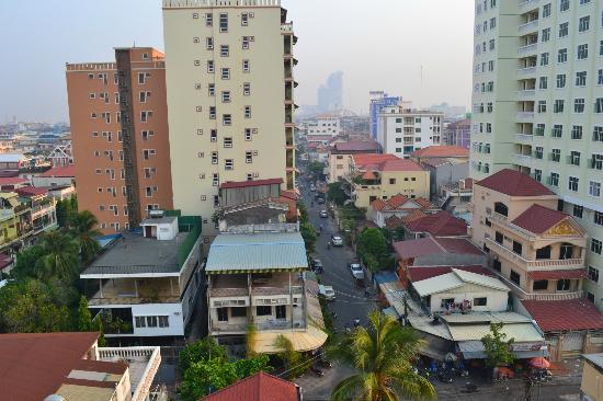 Town View 2 Hotel: Phnom Penh from Top Floor