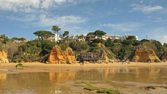 Praia dos Olhos de Água: Beach Bar Beach