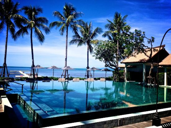 Main Pool From Restaurant Picture Of Le Meridien Koh