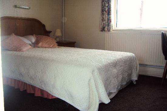 Langwood Hotel: Room
