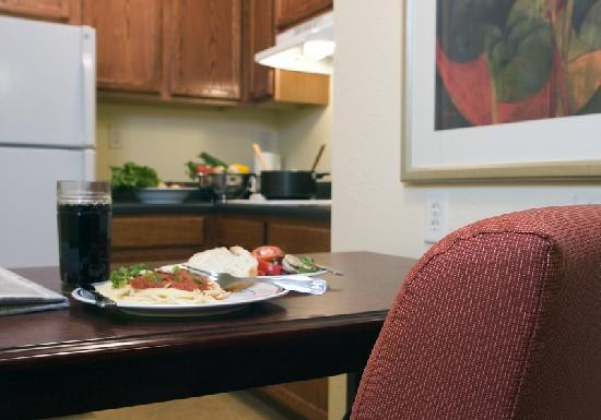 InTown Suites Bowling Green Extended Stay Hotel: Fully Equipped Kitchens in Every Suite
