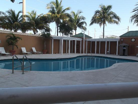 Courtyard by Marriott Miami Aventura Mall: Pool