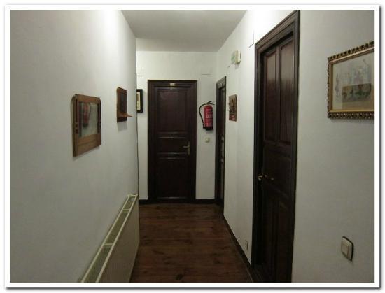 Pension Sarasate: Hallway