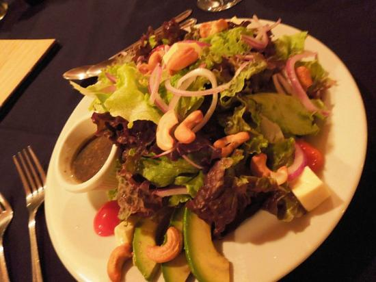 Alma del Pacifico Beach Hotel & Spa: Fresh salad from their garden