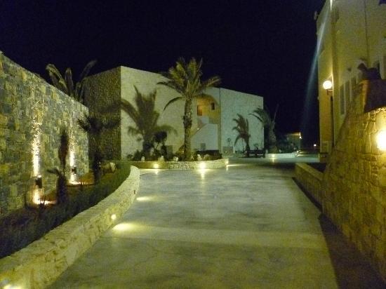 Ostria Resort & Spa : vu sortie hotel