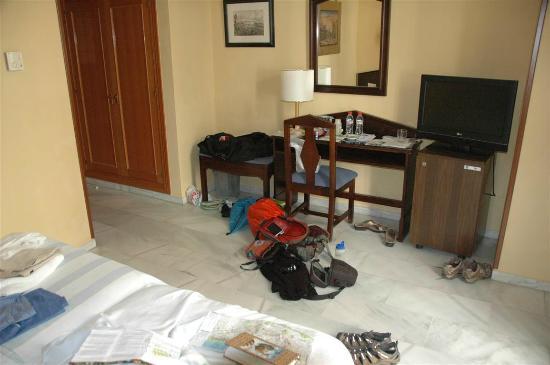 Navas Hotel: spacious enough