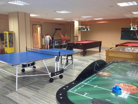 Hotel Elba Carlota : games room