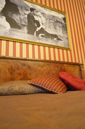"Le Sorelle Lumiere: Onze ""Federico Fellini"" kamer"