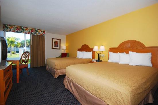 Quality Inn Stuart: 2 Queen Beds