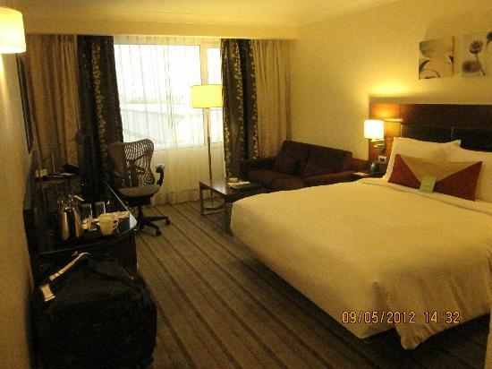 Hilton Garden Inn New Delhi / Saket: comfortable bed