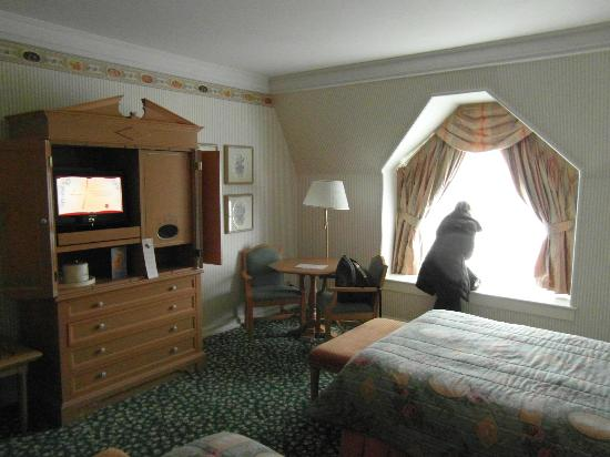 chambre photo de disneyland hotel chessy tripadvisor. Black Bedroom Furniture Sets. Home Design Ideas