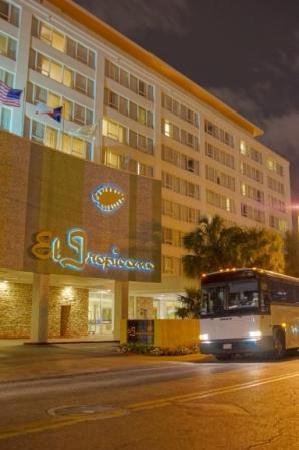 El Tropicano Riverwalk Hotel San Antonio Tx Motel