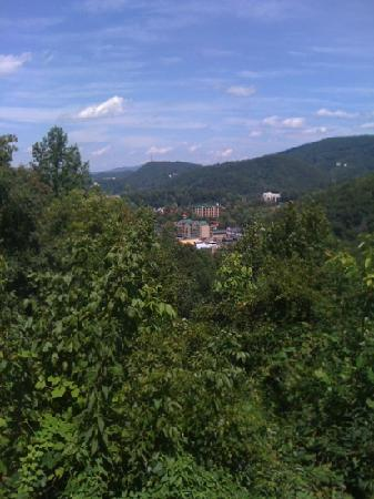 Gatlinburg Scenic Overlook : Beautiful Gatlinburg