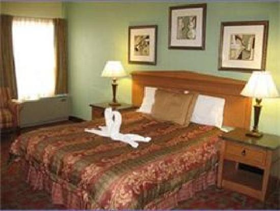 Gateway Lodge : Queen Size Bedroom