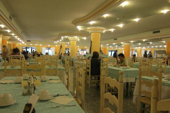 Club Hotel Marina Beach : Part of one of the dining rooms