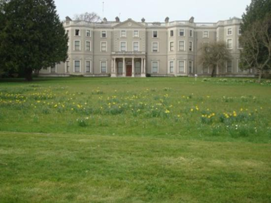 Farmleigh House and Estate: Courtesy of DubhEire
