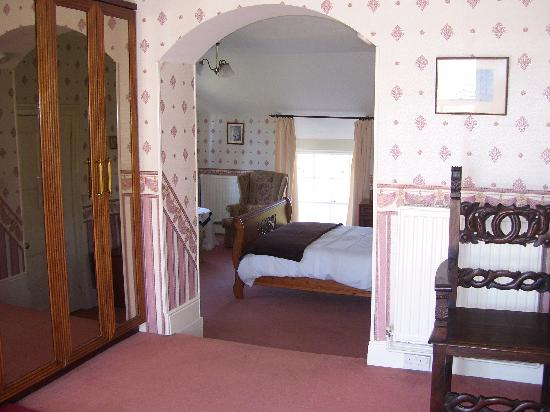 Old Vicarage: Large comfortable en-suite rooms and family suites