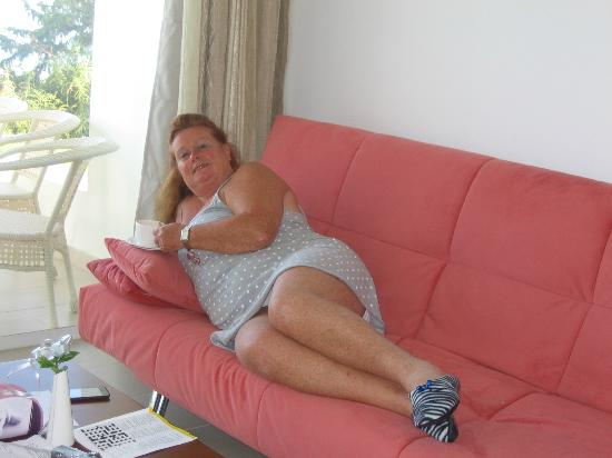 Kissonerga, Cyprus: Lounging on the very good sofa