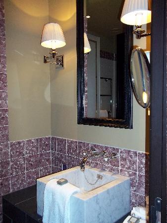 Hotel Des Indes, a Luxury Collection Hotel : Bathroom
