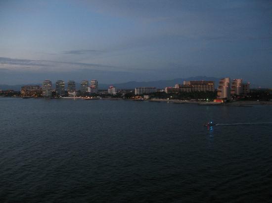 Old Vallarta: Puerto Vallarta in early evening
